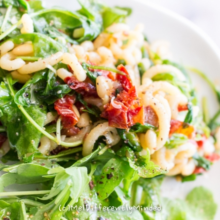 Rocket-Noodle-Sun-dried Tomato-Salad