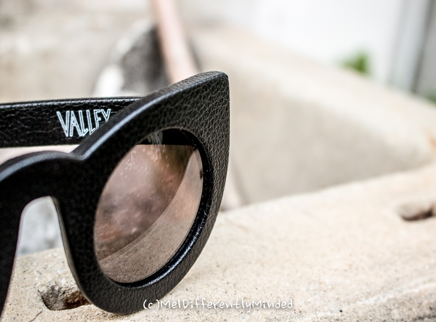 Valley Eyewear Black Leather Wolves
