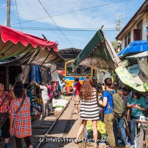 Samut Songkhram - Train Market
